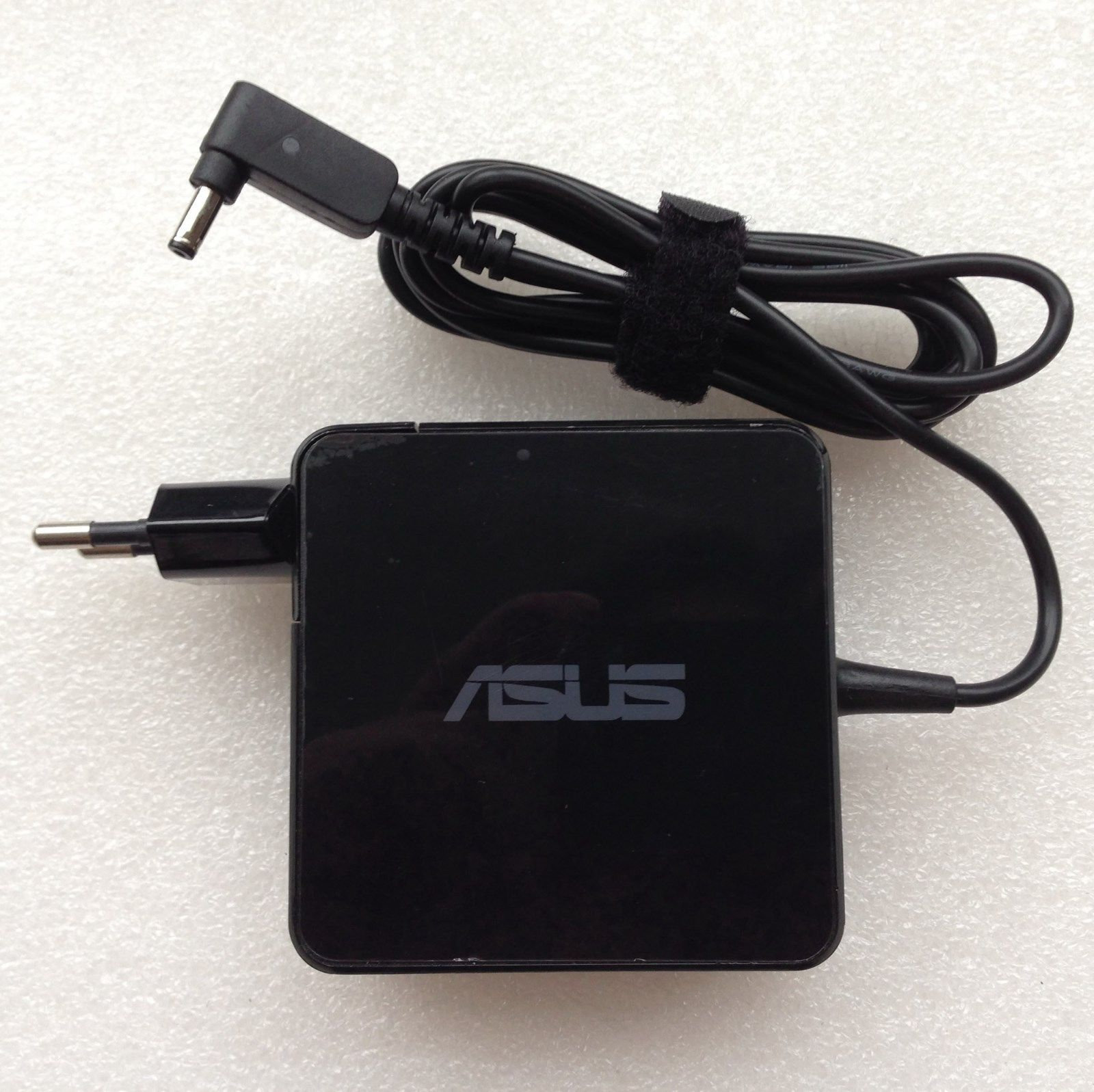 Kết quả hình ảnh cho Sạc Adapter Laptop Asus F554